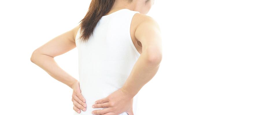 腰痛を招く座り方していませんか?正しい座り姿勢で悩み改善!